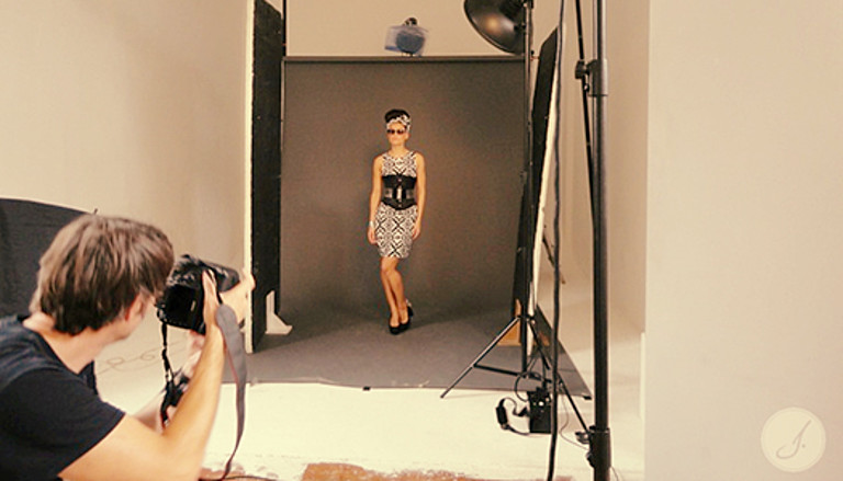 Janina's Backstage Report: Shooting Eyewear Magazine