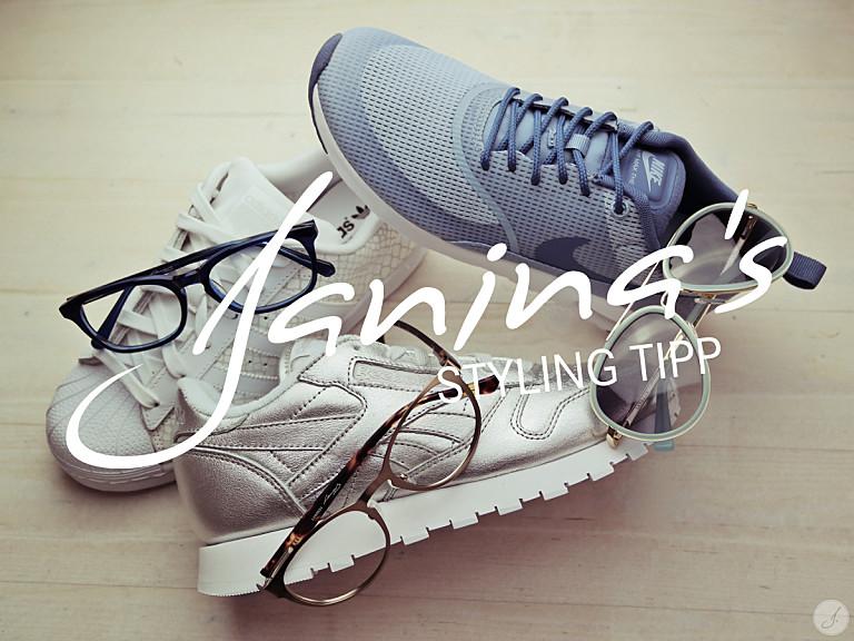 Janina's Styling Tipp: Brillen und Sneaker-Trends