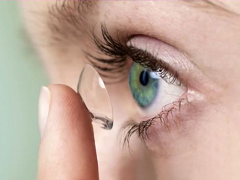Kontaktlinsen entfernen leicht gemacht!