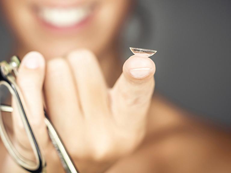 Ausgediente Kontaktlinsen
