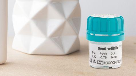 Harte Kontaktlinsen in der Verpackung