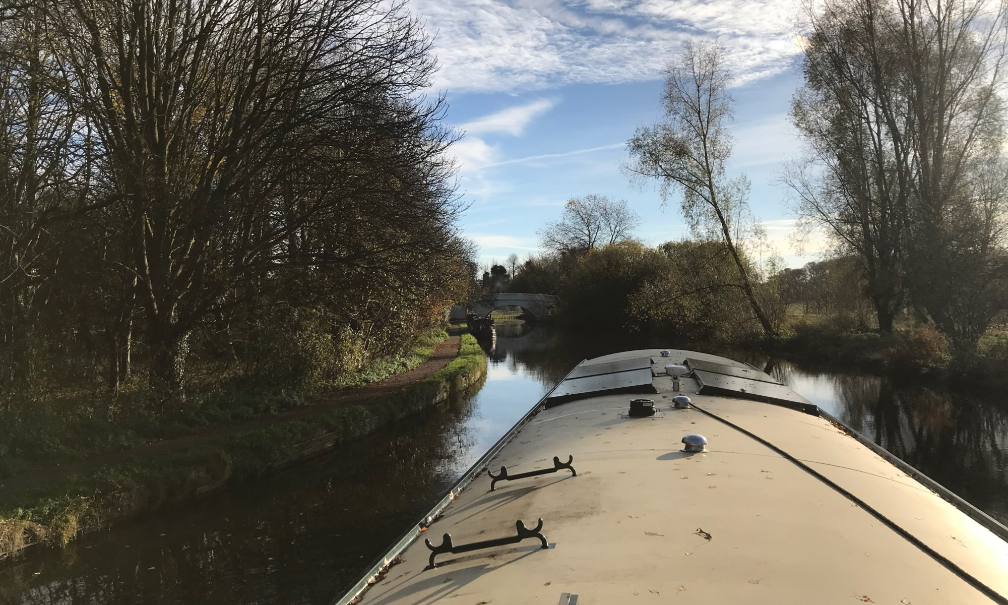 Widebeam canal boat near Kings Langley