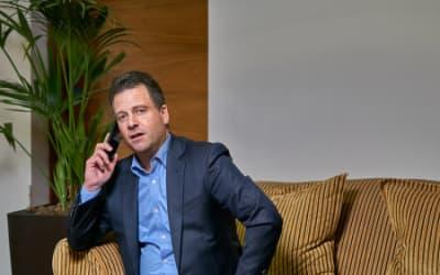 Corporate Portraiture – Simon Bowkett and his professional headshots