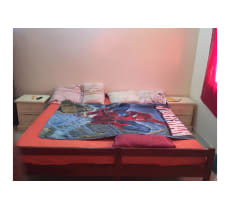 Grand lit 4 a 5 places + matelas