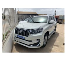 TOYOTA PRADO PROPRE FULL OPTION  VERSION 2018 E
