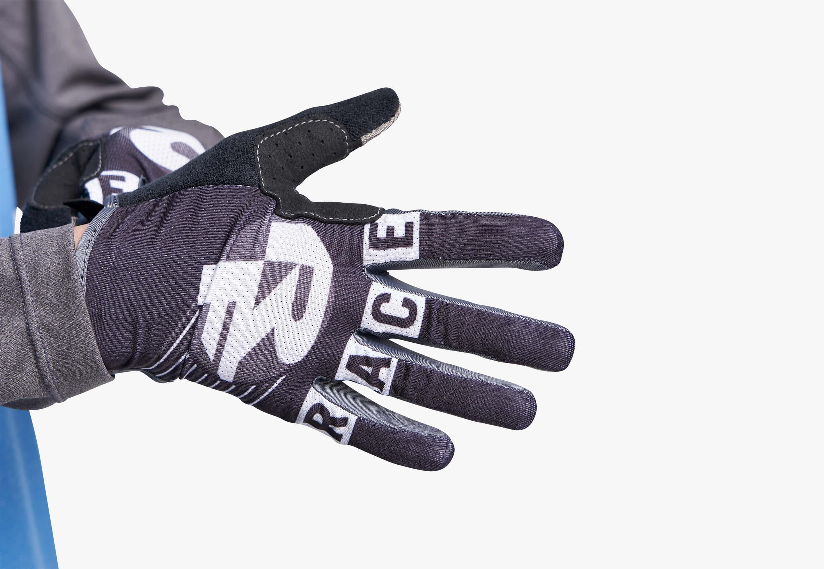 Sendy Gloves