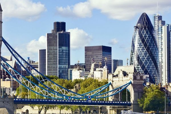 Cracking offers - Angular 6, Data Science with R and Advanced C# - London courses