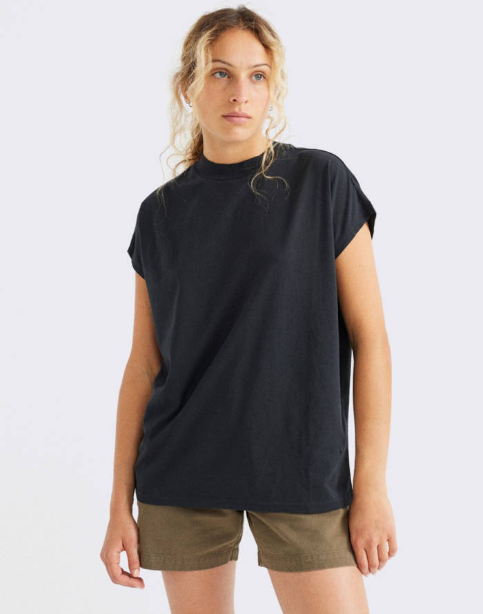 Triko Thinking MU Basic Black Volta T-Shirt