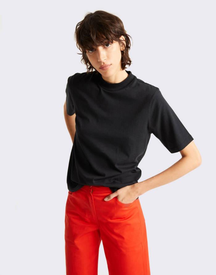 T-shirt Thinking MU Basic Black Mock T-shirt