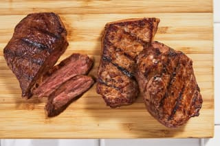 3 Flat Iron Steaks (9.75 oz)