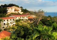 Parador Resort & Spa