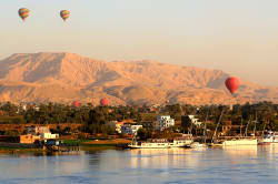 Hot air balloon ride, Luxor