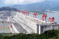 Three Gorges Dam & Yangtze River Photo by Rehman