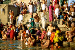 Bathing ghat, Varanasi Photo by Willem Proos