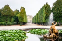 Schönbrunn Palace & Gardens, Vienna Photo by Dimitry Anikin on Unsplash