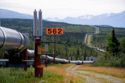 Trans-Alaska Pipeline Photo by  Luca Galuzzi - www.galuzzi.it