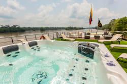 Observation deck, Manatee Amazon Explorer