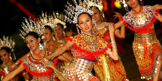 Exotic Borneo & Bangkok