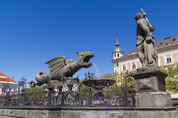 Lindwurm fountain, Klagenfurt