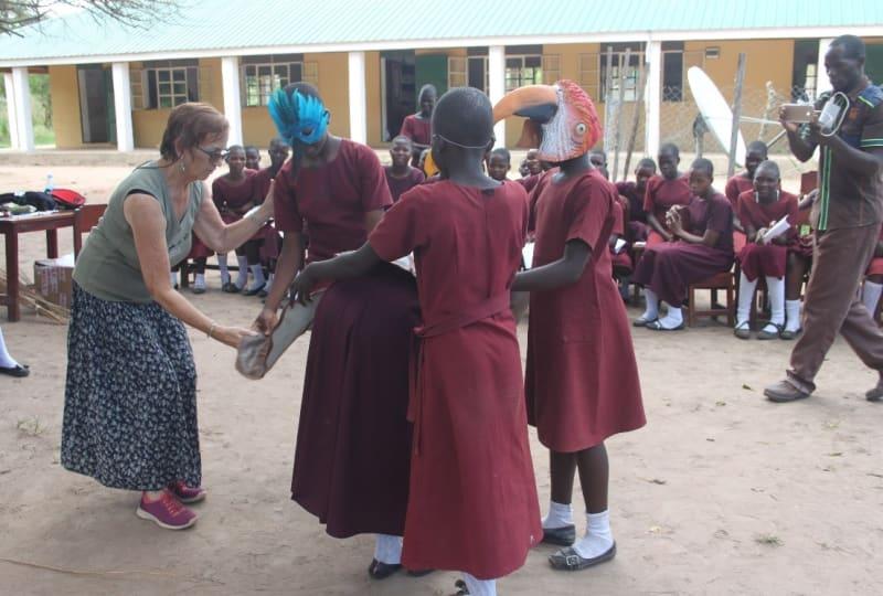 Margaret-Teaching-Drama-To-Girls