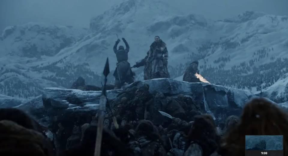 Jon Snow terlihat putus asa.