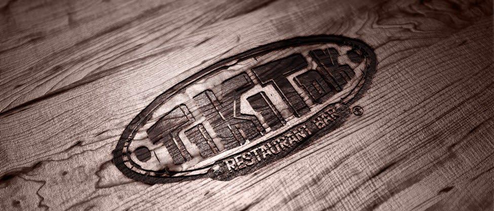Logo Tiki Tok en madera