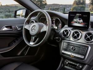 Mercedes Benz GLA CLASS GLA 200d WhiteArt Premium Plus 5dr Auto