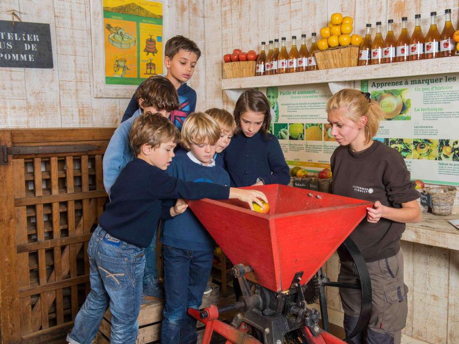 Atelier Jus de Pomme & animaux  Ferme de Gally (St-Cyr-l'Ecole)