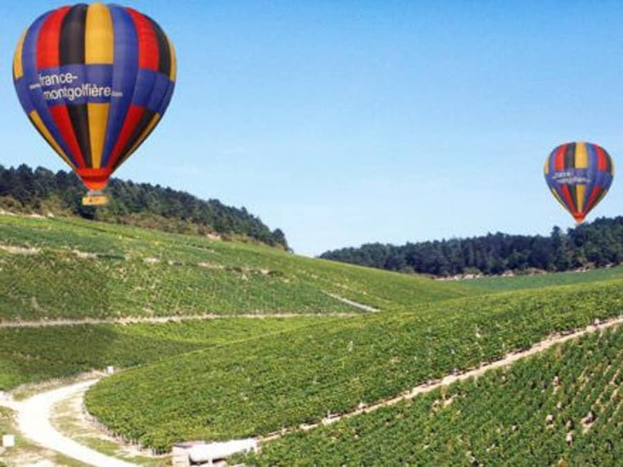 La Bourgogne vue du ciel : vol en Montgolfière à Beaune