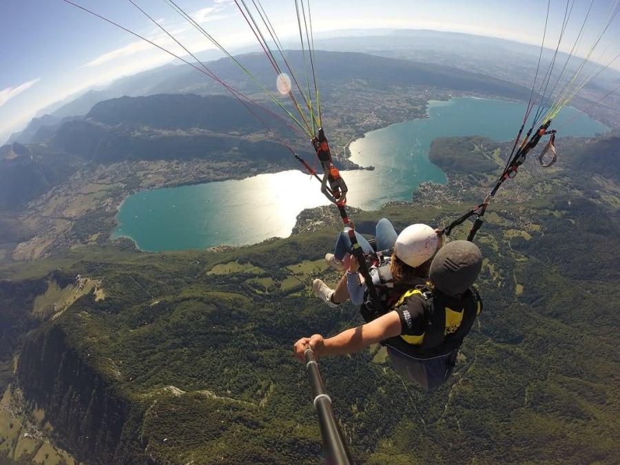 Vol en Parapente Biplace au-dessus du lac d'Annecy (74)
