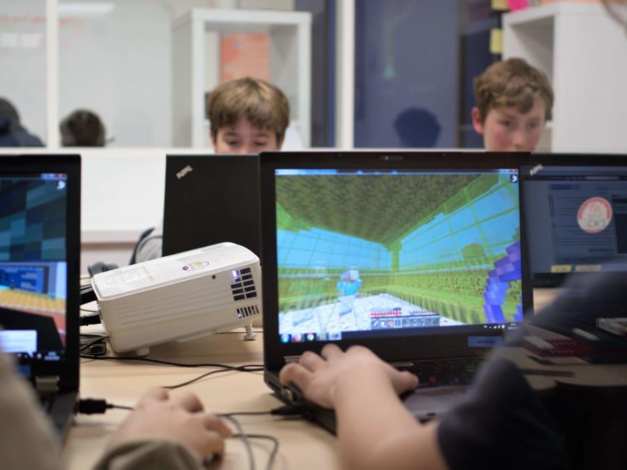 Stage vacances Minecraft, Game & Robot 7-15 ans à Boulogne (92)