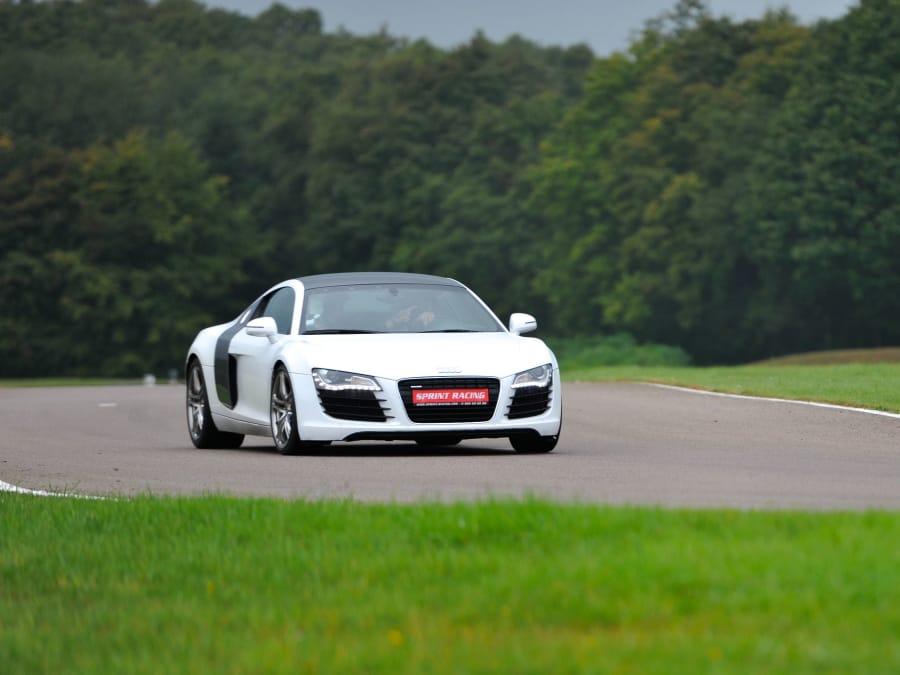 Stage de pilotage en Audi R8 - Circuit des Ecuyers (02)