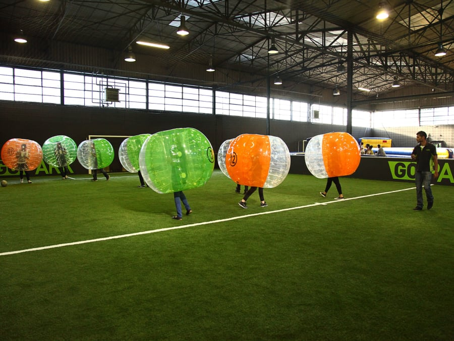 Anniversaire Foot bulle intérieur à Cergy-Pontoise (95)