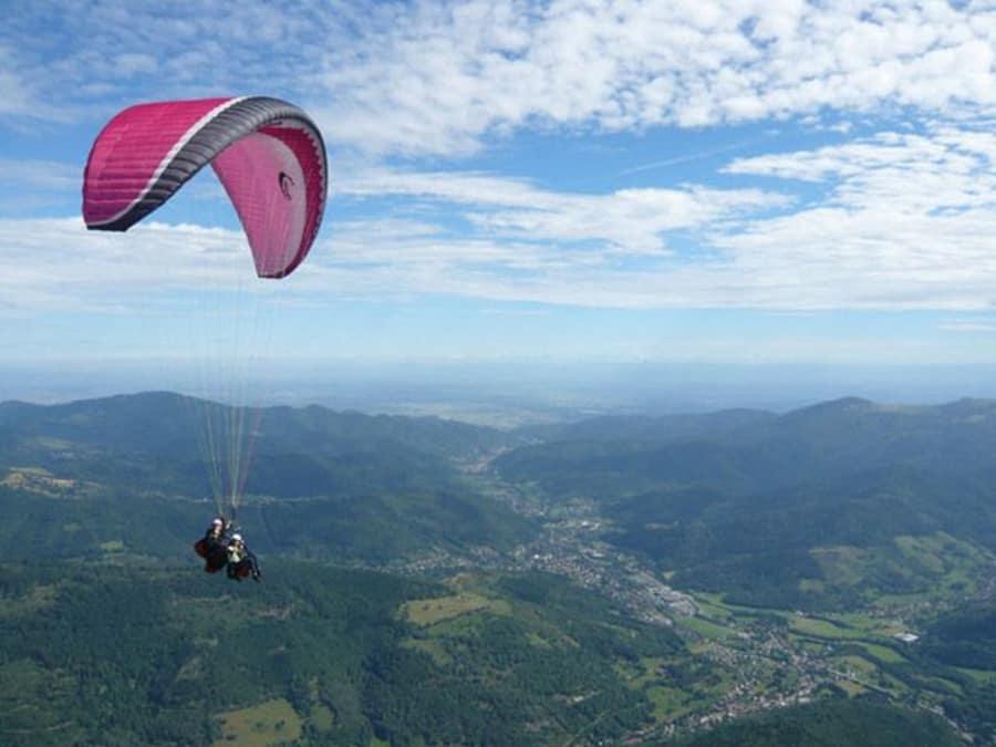 Survol en Parapente du Parc Naturel des Vosges (Oderen 68)