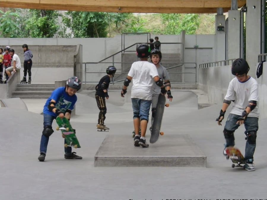 Stage vacances Skateboard 12-16 ans à Paris
