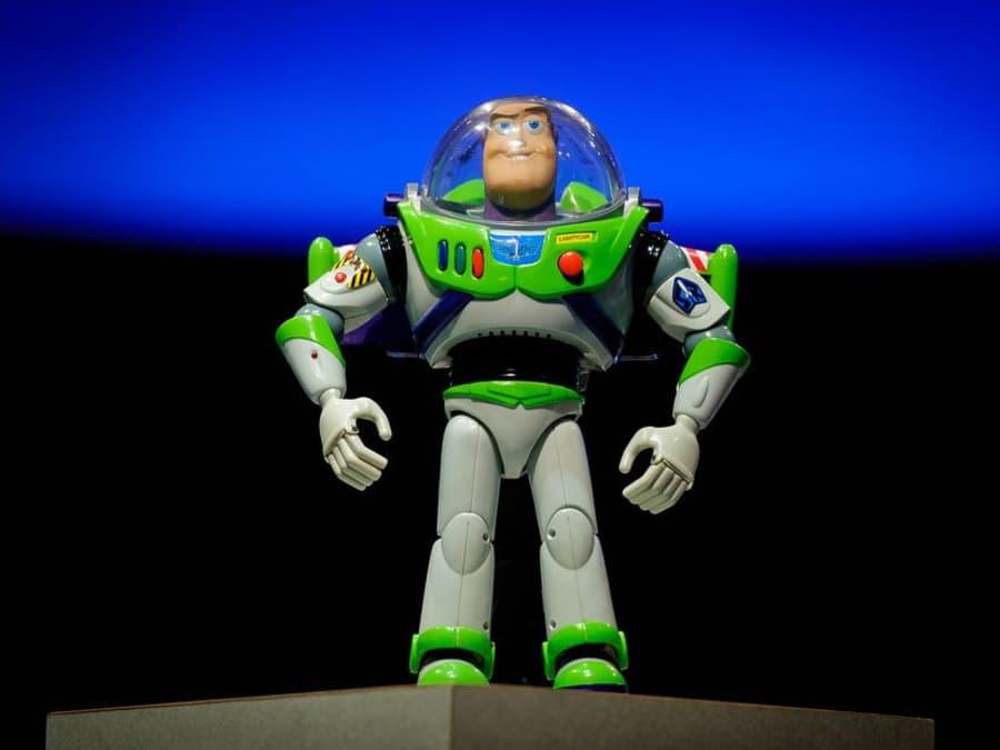 Anniversaire Buzz l'Eclair 3-7 ans à domicile