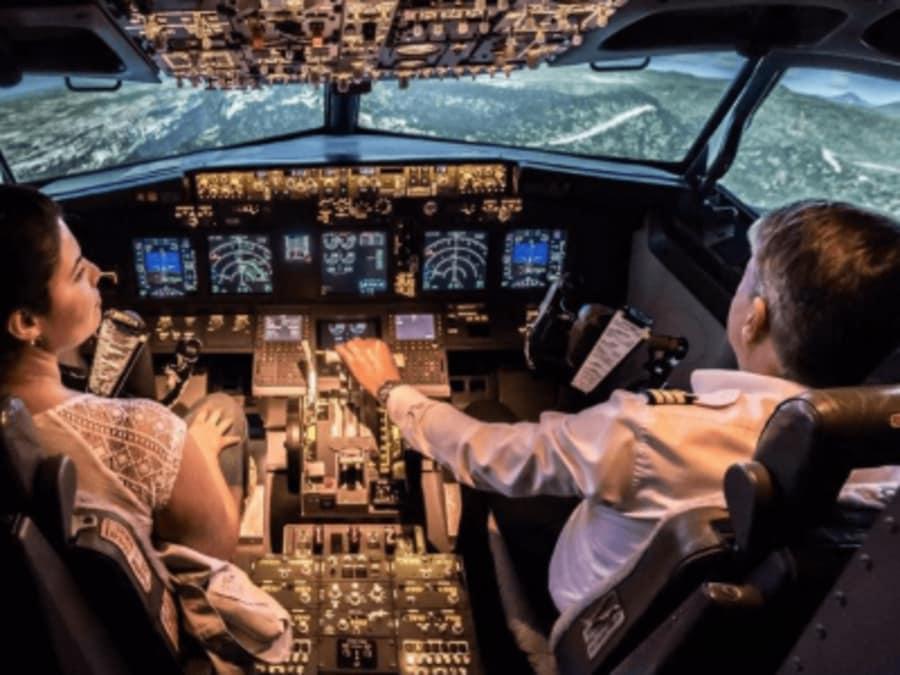 Simulateur de vol à Paris : pilotez un Boeing 737 !