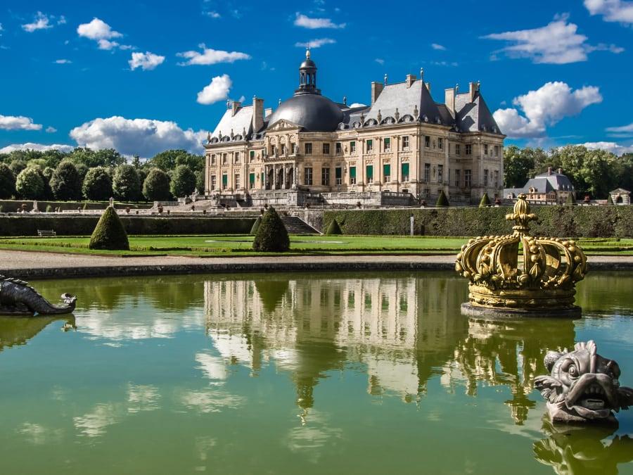 Balade en voiture de collection au Château Vaux-le-Vicomte
