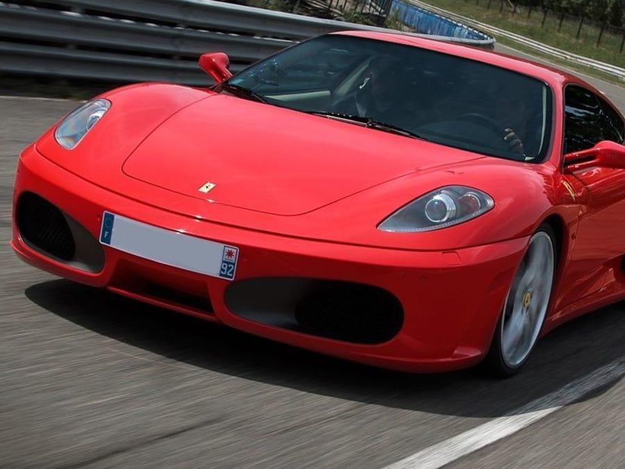 Stage de pilotage Ferrari F430 sur le circuit de Clastres (02)