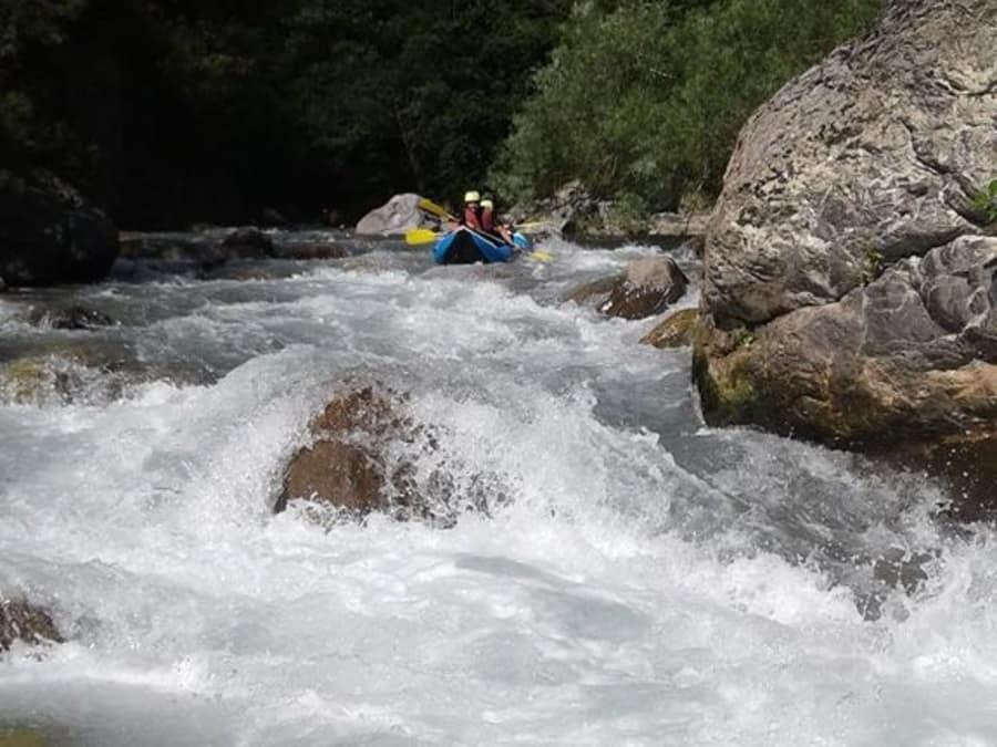 Kayak-Raft sportif sur la Vésubie près de Nice (06)