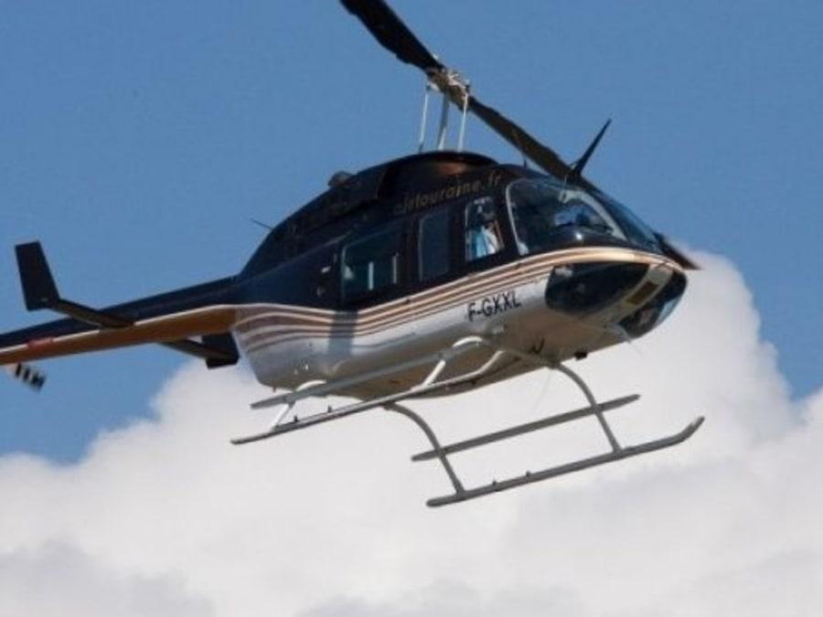 Vol en Hélicoptère au-dessus du Château de Chambord
