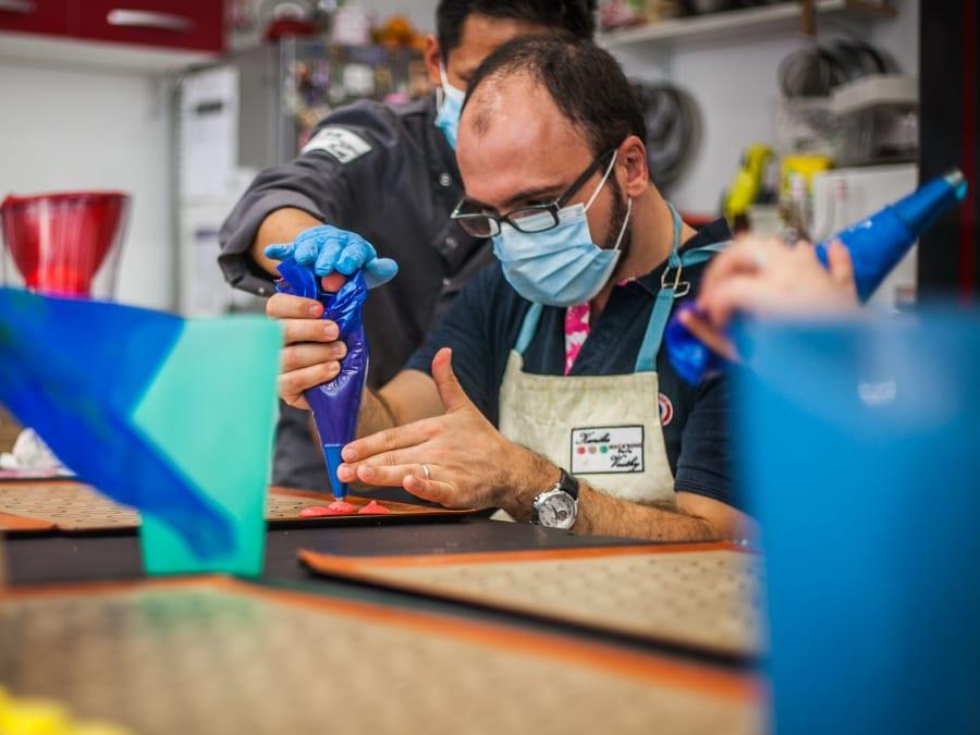 Team Building Atelier Macarons sucre BIO à Paris 17ème