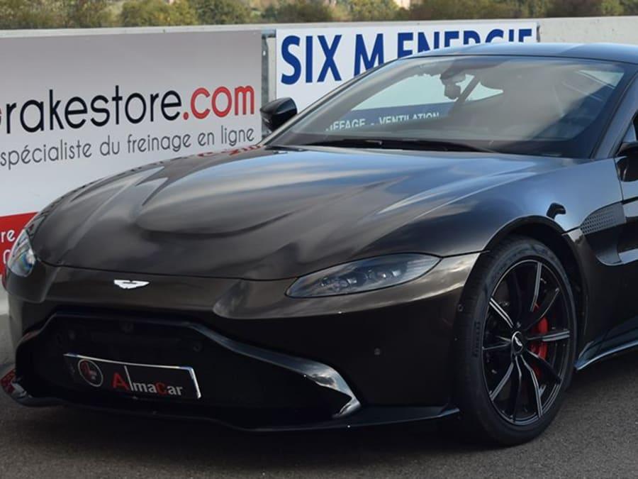Stage de pilotage Aston Martin - Circuit de Pont l'Evêque (14)