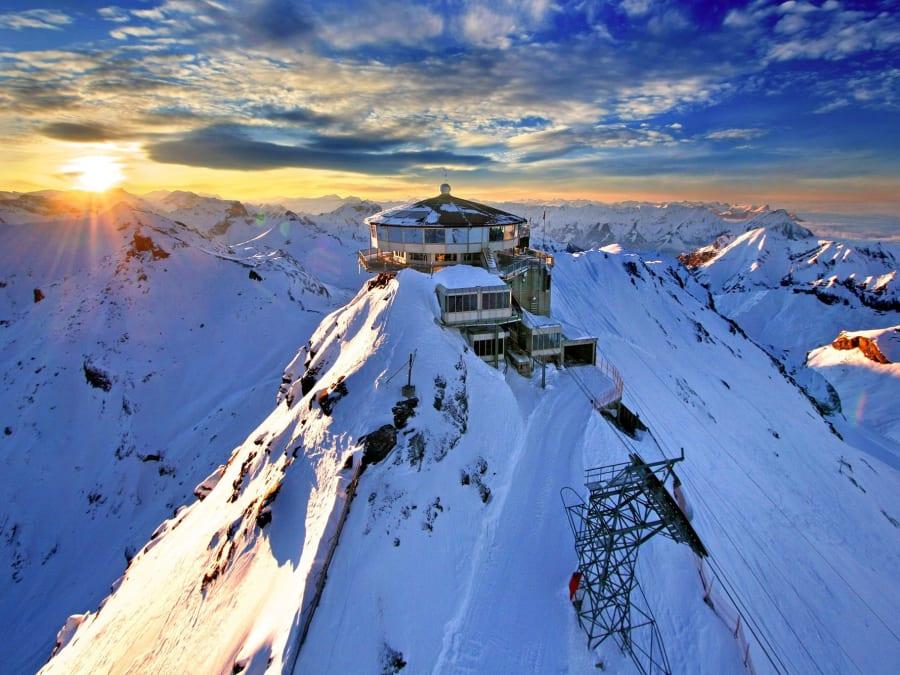 Vol en Hélicoptère au-dessus du Mont-Blanc