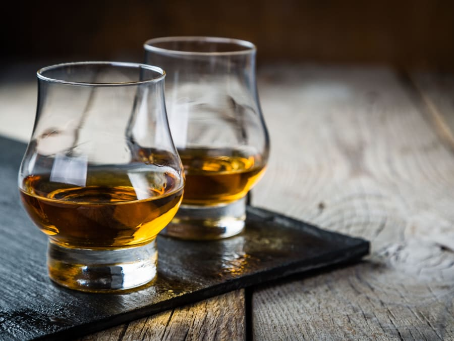 Séance de dégustation privatisée  à Lille; vins, rhum ou whisky