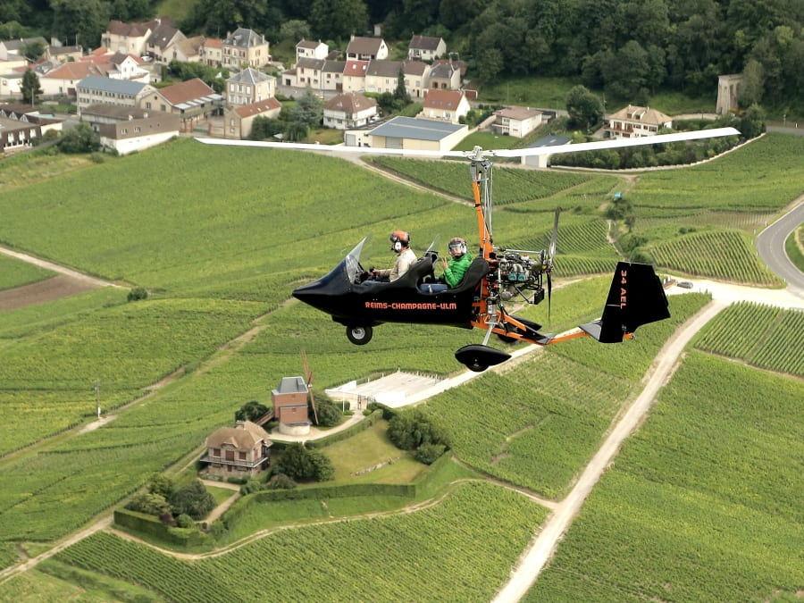 Baptême de l'air en Gyrocoptère (Autogire) à Prunay (51)