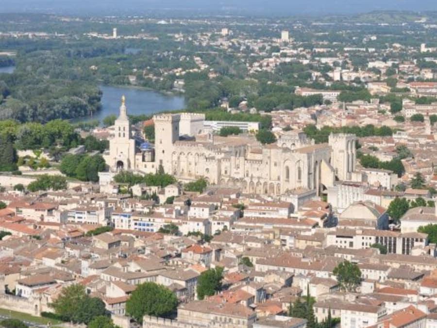 Vol en hélicoptère découverte Avignon et Pont du Gard