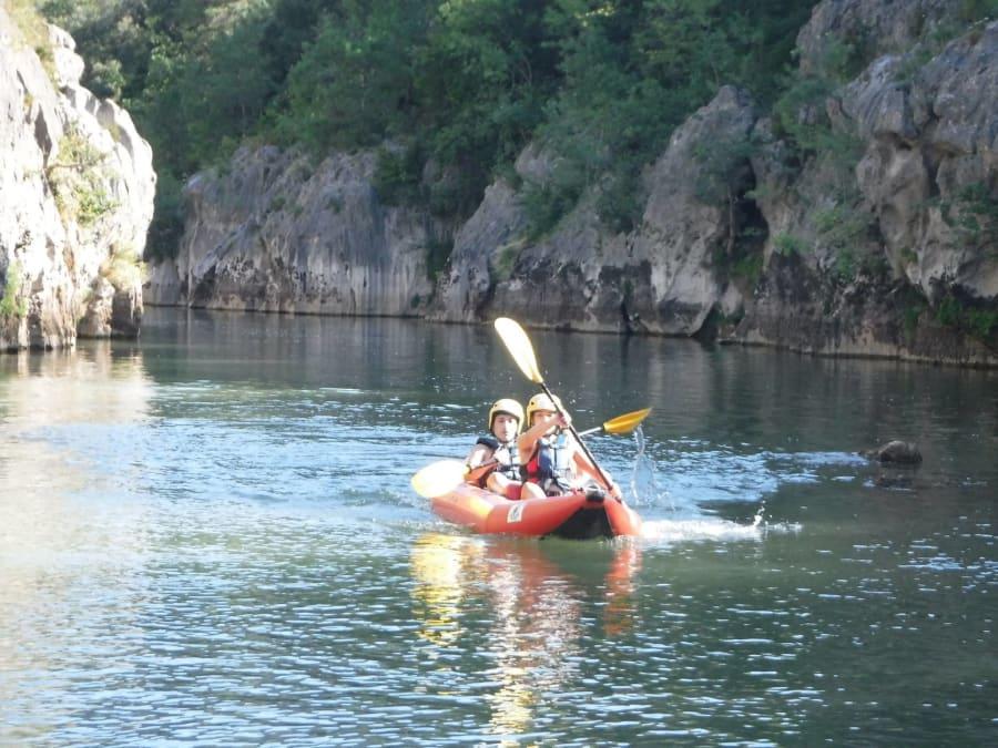 Canoë Kayak proche de Montpellier dans les Gorges de l'Hérault
