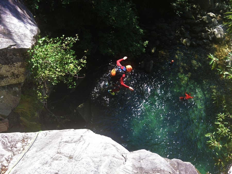 Canyoning  dans le canyon de l'Alloix près de Grenoble (38)