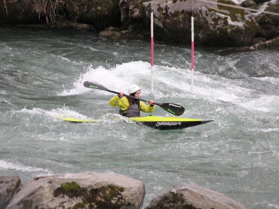 Kayak à côté de Lourdes (Saint-Pé-de-Bigorre, Hautes-Pyrénées)